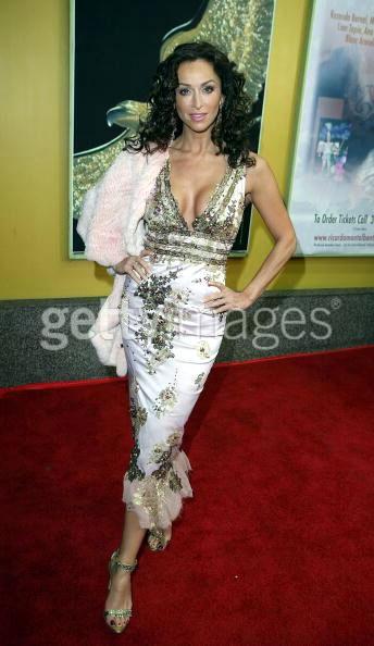 Los Angeles, presenting at Nosotros Awards '06 in MANDALAY